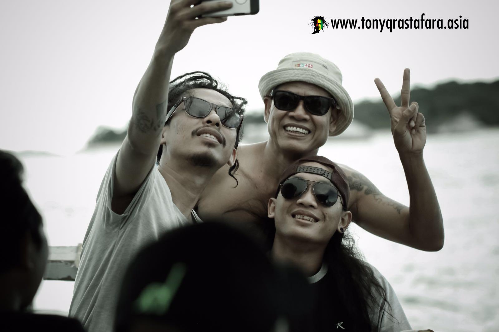 Tony Q Rastafara - Belitung