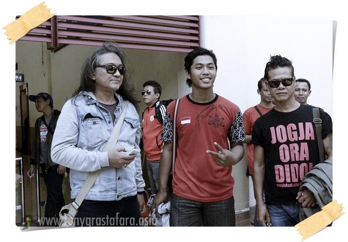 Tony Q Rastafara - Lady White - In Surabaya